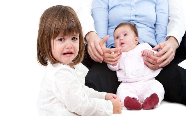 کودک حسود