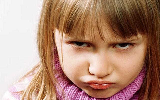 چطور از لوس شدن کودکان جلوگیری کنیم؟