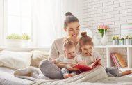 چطور محبت را به کودکان زیر ۲ سال بیاموزیم؟