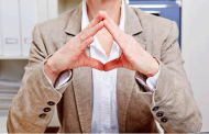 جلب اعتماد دیگران در روابط دوستانه یا عاشقانه